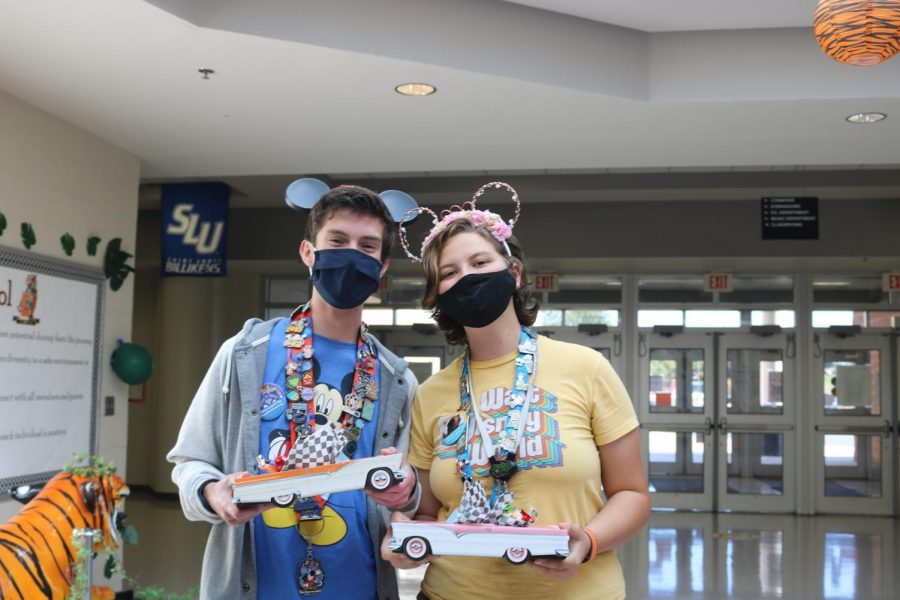William Clippard and Laniah Webster are the student winners of Tacky Tourist Day!