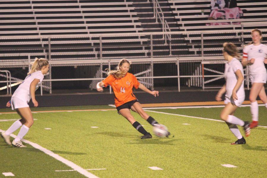 Varsity Girls Soccer V. Hillsboro
